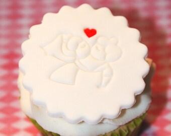 Fondant cupcake toppers Wedding Kiss