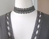 SALE - Simple Lace Choker with Velvet Embellishment