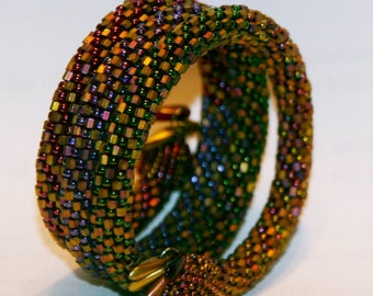 Bead Crochet Bangle Pattern: Multi-Strand Bead Crochet Bracelet Pattern