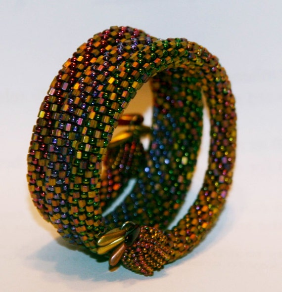 Bead Crochet Bangle Pattern: Multi-Strand by Linda Lehman