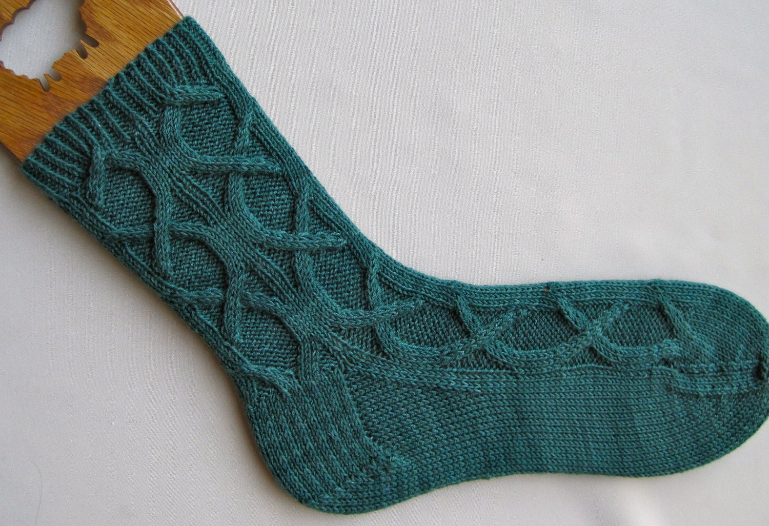 Socks Knitting Pattern : Knit Sock Pattern: Celtic Cable Socks by WearableArtEmporium