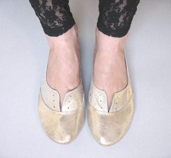Oxfords Shoes in Soft Gold Leather
