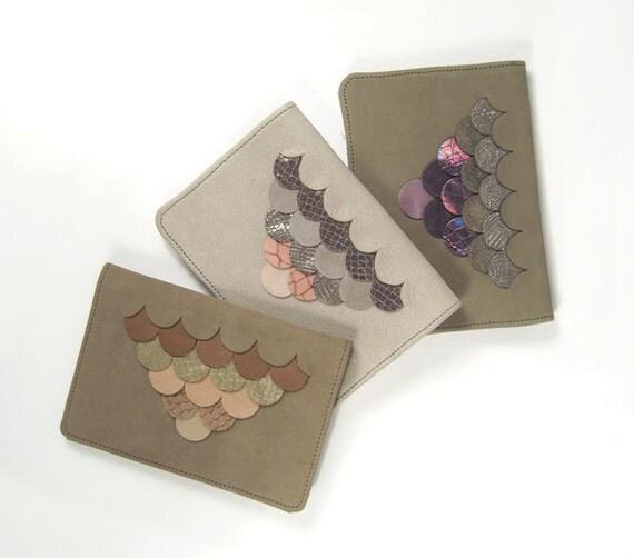 Cute Scallopped Handmade Leather Passport Holder