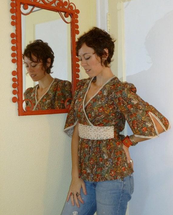 HALF OFF Vintage Woodland Prairie Blouse... size Medium