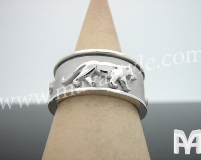 Sterling Silver Spinning Panther Ring