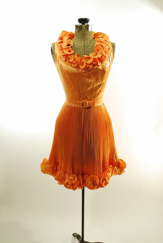 Peach Accordion Pleated Party Dress (xs)
