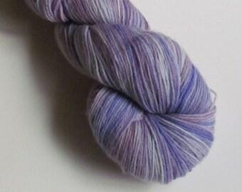 POSH II Merino, cashmere, nylon fingering yarn, Light Maria