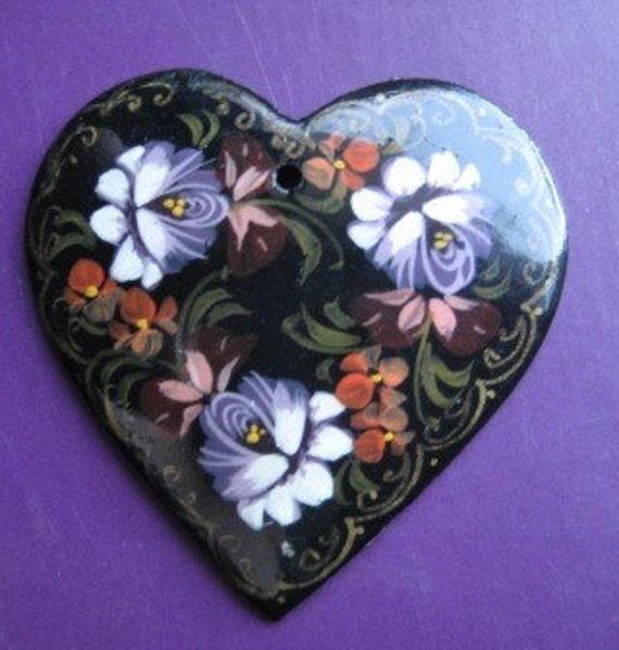 SALE-Hand Painted Russian Heart Pendant