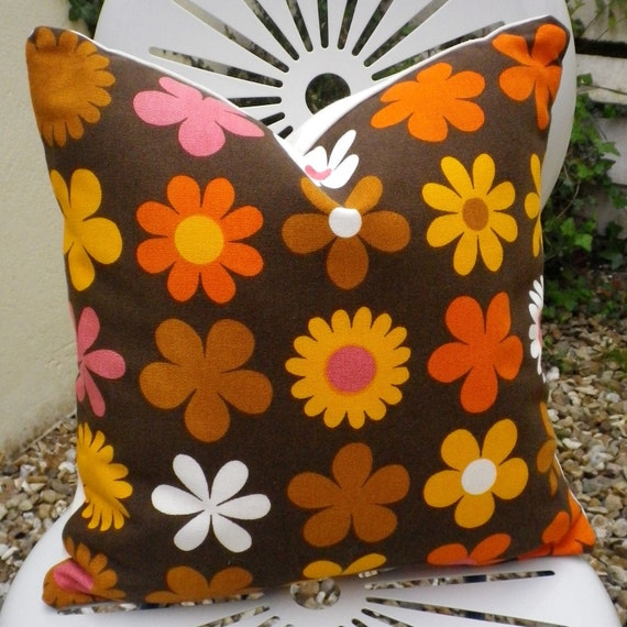 Vintage 1960s Fabric Cushion Heidi Daisy Flower Pillow