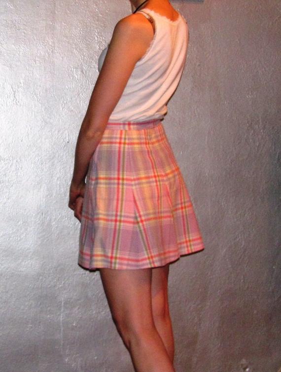 1970s Pink Plaid Mini Skirt / Bobbie Brooks Beauty
