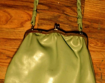 SALE 1950s clasp pale green leather twist handle bag