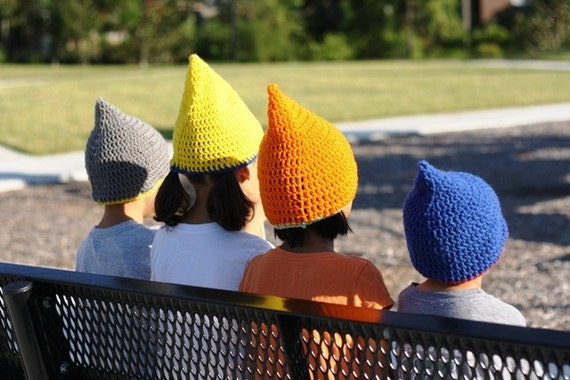 Gnome pointy hat, hand crocheted, choose your color