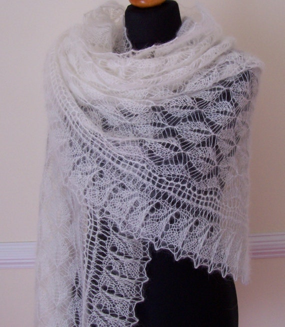 WINTER SALE     Bridal Lace Shawl Wedding Natural White Kidsilk Mohair Lace Stole Victorian Lace Pattern