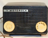 Motorola Model 56a working tube radio