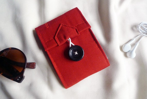ipod/iphone wallet (Wine Red oxford cotton) - strap not include