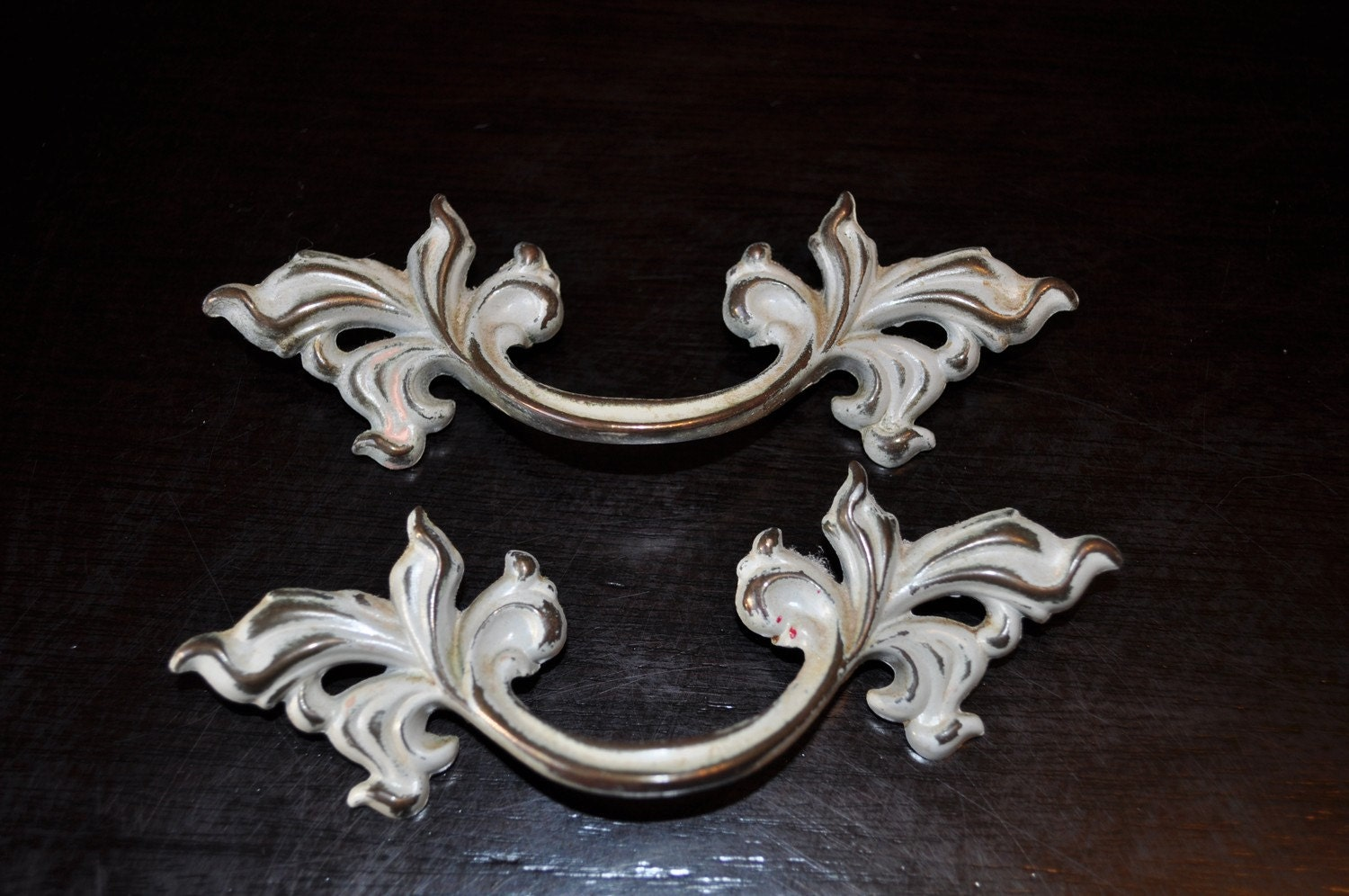 2 Vintage French Provincial Drawer Handles
