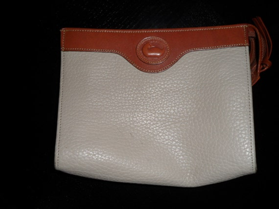 Vintage Dooney and Bourke all weather leather make up bag