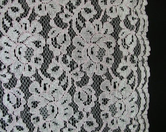 Pink ReEmbroidered Floral Scallop Border Lace   1 Yard   (SM175)