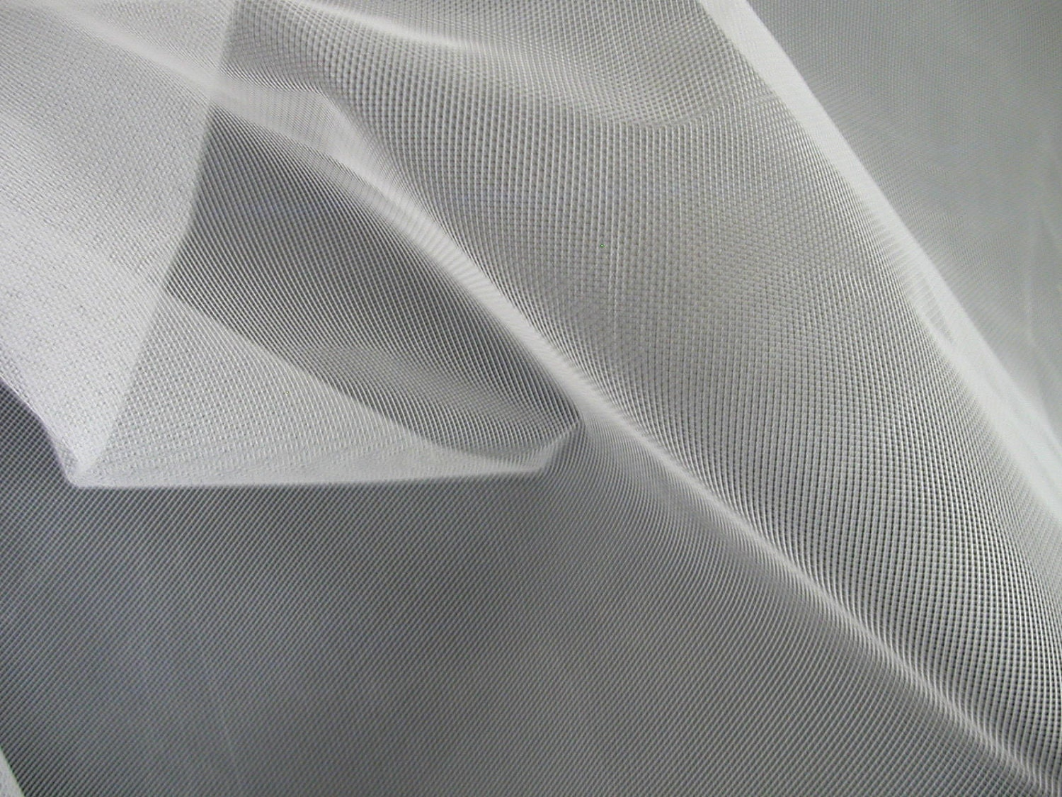 Stiff White Woven Crinoline Fabric 1 Yard Sm134 By Sewmanatee