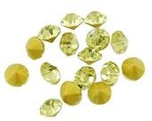 Pale Yellow Rhinestone Chatons 50 pieces