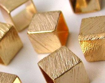 25 pcs 18K Gold Filled Light Little Cubes