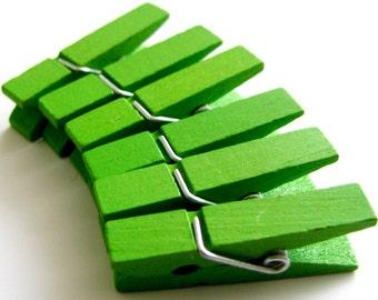 30 pcs Clothespins Fresh Green Medium Size (35x8mm)