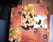 2 quilted Trick or treat bags for mylittleniche