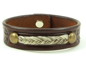 Horse hair and Leather Bracelet with Antique Brass Colored Accent Horsehair