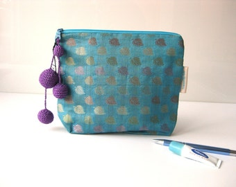 travel pouch make up cosmetic spring leafs on blue