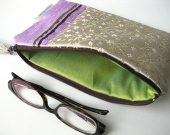 Medium zipper pouch silk enveloppe travel make up pouch silky Lilac China India