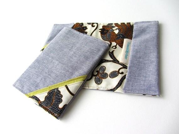 Passport cover Batik in Jeans