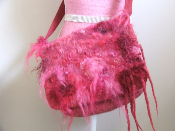 "Messenger bag ""Pink Sheep"" Hand Felted Wool   OOAK   Bag"