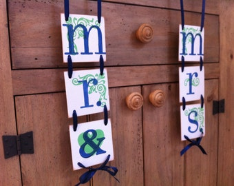 Mr. & Mrs.Wedding Banners Vertical  / Garland Wedding Banners/ Wedding Signs
