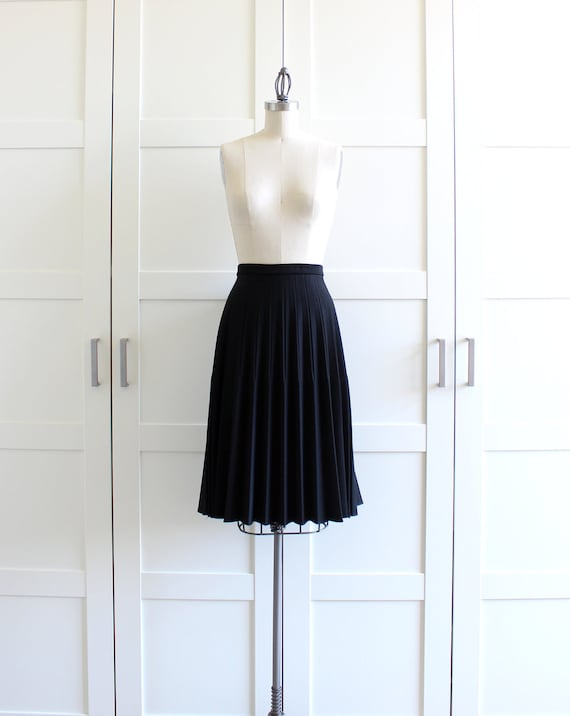 black pleated skirt circle skirt pleated by