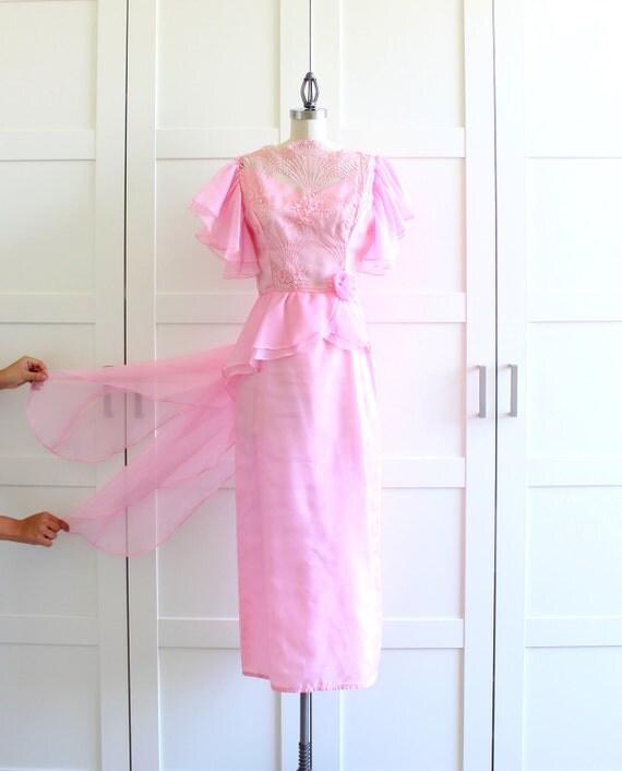 SALE - Peplum Dress Marilyn Monroe Light Pink Dress, Vintage 50s 60s Dress, size Small Medium