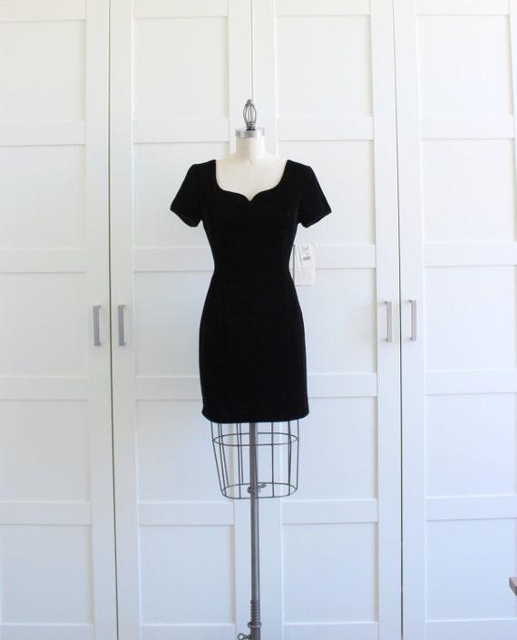 SALE - 80s Dress, Black Velvet BodyCon Dress, Little Black Dress Wiggle Dress, size XS Small