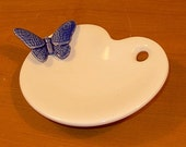 Artist Pallet Jewelry Holder - Vintage White with Oahu Blue Butterfly