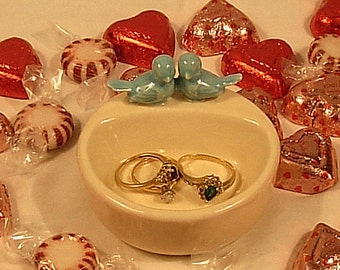 Sink Side Ring Holder Ring Dish - Wedding Favor Ring Dish / Jewelry Dish - Round  in  White with Blue Birds