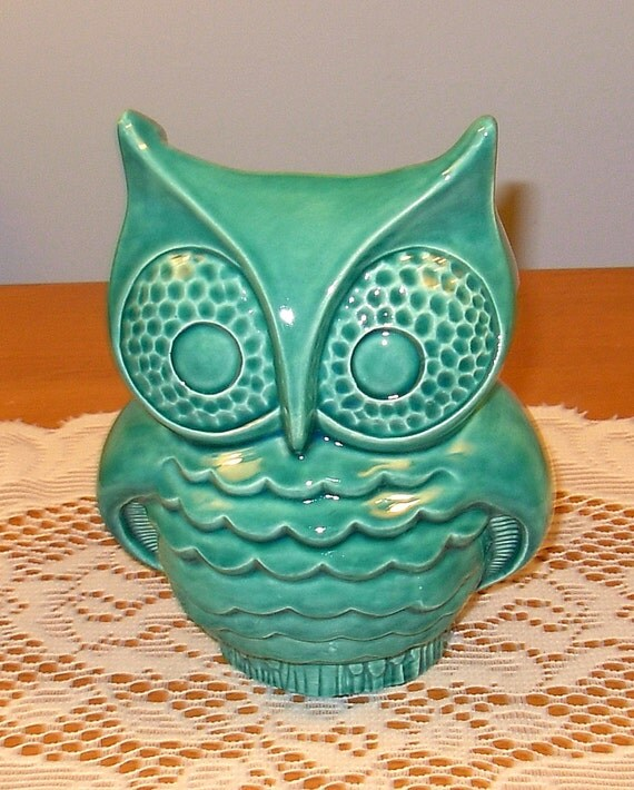 Hootie - Ceramic Owl Planter - Vintage Design  -  Sea Mist Green