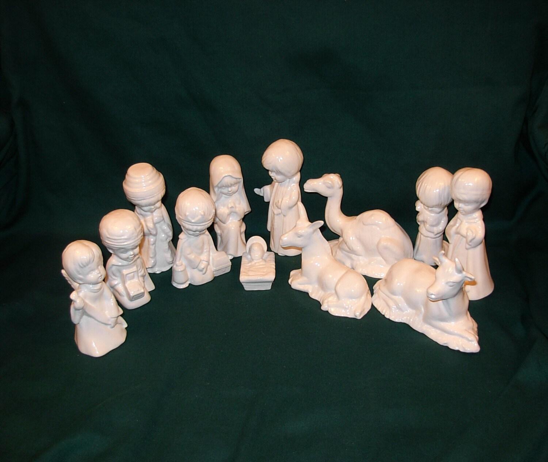 Child's Nativity Set 12 pieces Classic White by ceramicsbylisa
