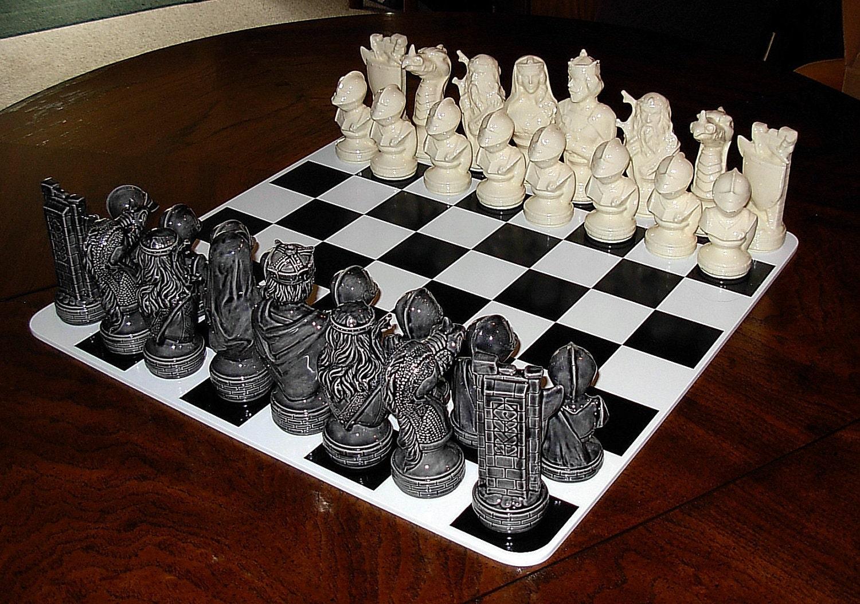 Ceramic Chess Set Dragonlore