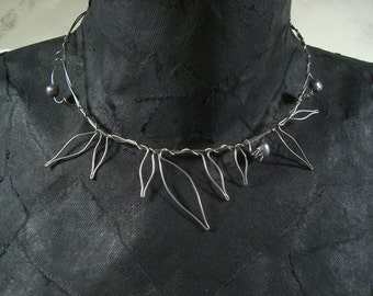 Winter Garden necklace - Stainless steel wire leaves with pearls