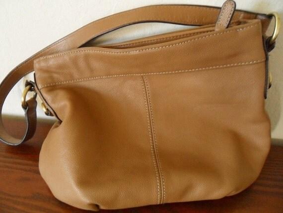 Croft and Barrow Leather Bucket Bag