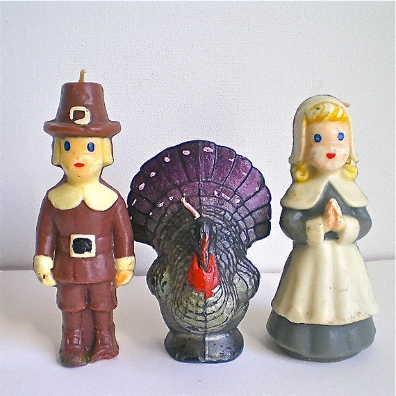 Vintage pilgrim and turkey candles