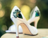 Ivory Satin Peep Toe Pleated Pump ... Size 6.5