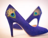 New Years Sale ... Navy Peacock Pumps ... Size 6