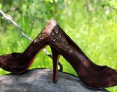 Chocolate Pumps with Pheasant Feathers ... Size 6