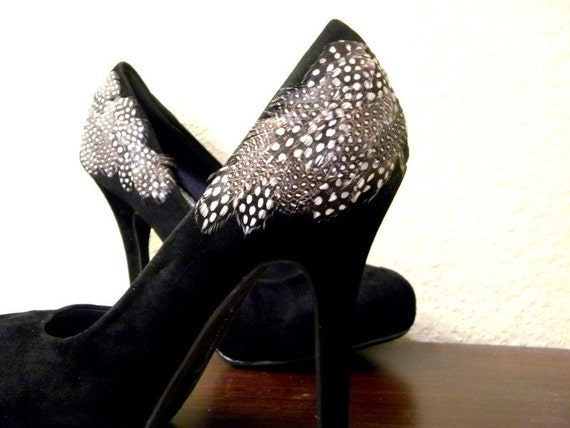 Black Pumps with Spotted Feathers Size 7