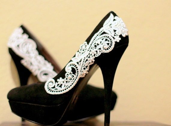 Black Pumps with White Venise Lace ... Size 9