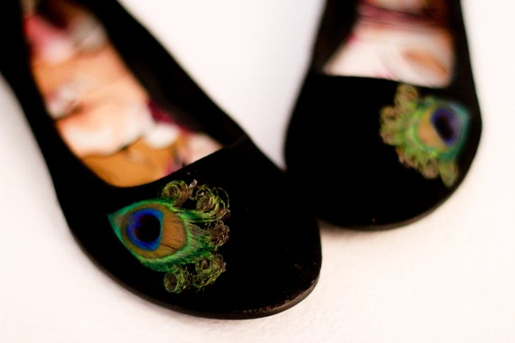 Black Peacock Flats ... Size 6.5
